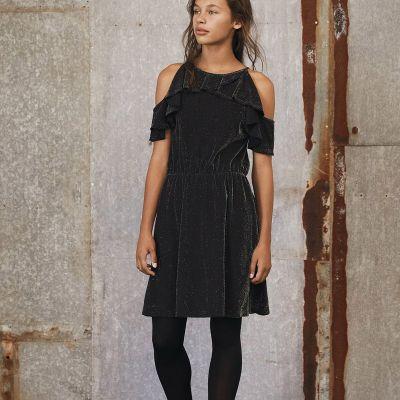 2154d15a2a6772 LMTD Jurk zwart - kleertjes.com